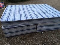 4ft 6 double bed very good condition