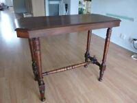 Lovely Edwardian mahogany hall table