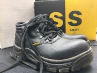 Safety Shoes Ladies Size 3 Like New