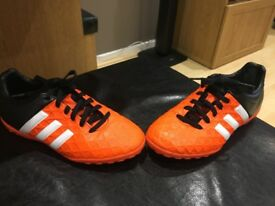 Adidas 15.4 Astro trainers