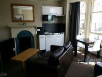 Studio flat in Lower Rock Gardens, Brighton, BN2