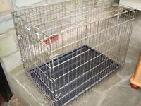 LARGE DOG CAGE 31 INCH LONG 25 INCH HIGH 21 INCH WIDE ONLY £20 FOR QUICK SALE