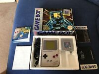 Original boxed Nintendo Gameboy console