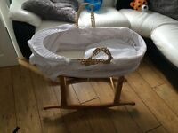 mosses basket and rocking stand
