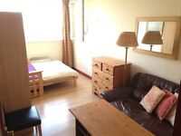 A nice Double room to rent in Battersea
