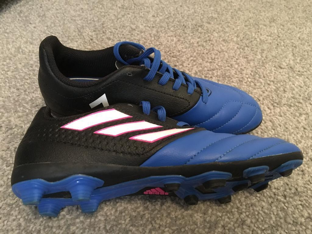 72dc53315e25da ADIDAS junior trainers with crampons size 2   in Stratford-upon-Avon ...