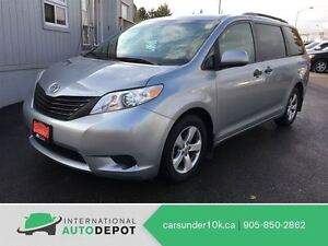 2011 Toyota Sienna LE / 7 PASS / ACCIDENT FREE