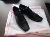 Men's River Island Formal Black Leather shoes (size 11)
