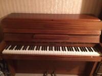 Royalette Piano