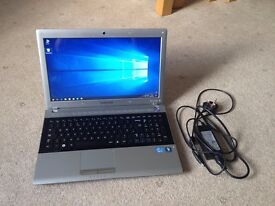 Samsung RV520 Laptop + Charger (Windows 10)