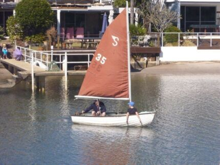 Small Sail Boat ideal for Children