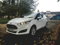 STUNNING AS NEW 1.2 2015 FORD FIESTA*LOW INSURANCE*£30 TAX*c2 corsa ibiza polo 500 mini mito