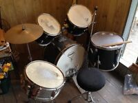 Drum kit. dusty and rims have some rust great for beginner high needs a clean hat etc