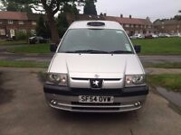 Peugeot E7 SE Wheelchair accessible Taxi (Reg 54)