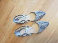 Oasis shoes Size 6 – worn once – EXCELLENT CONDITION - £5