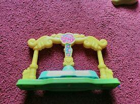 Preskool My little pony go round toy