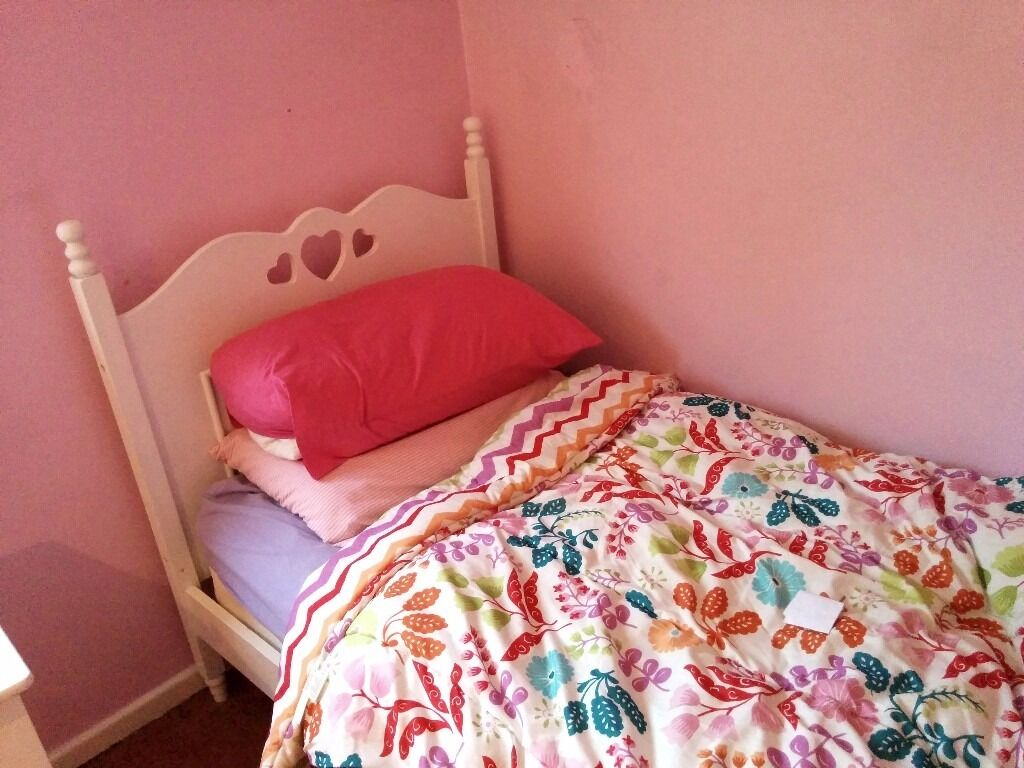 Girls Bedroom Furniture - Bed, Wardrobe, Drawers And Vanity Desk