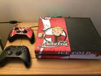 Fallout detail Xbox one 2 controllers, Kinect and games