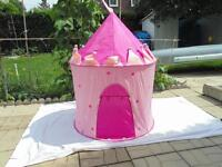 Small children's play tent