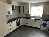 Beautiful four bed house in EastHam DSS WELCOME