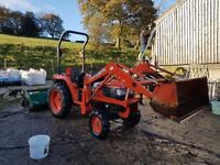 2004 Kubota STa-30 Compact Tractor c/w Front Loader, 5ft Flail Mower and Transport Box