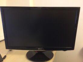 LG W2486L LCD 1080p monitor