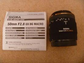 Sigma 50mm f2.8 DG macro AF EX lens Canon fit excellent condition