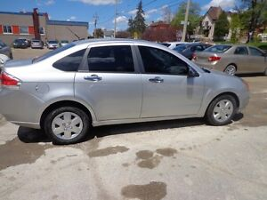2010 Ford Focus SE CERTIFIED Kitchener / Waterloo Kitchener Area image 6