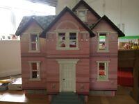 Melissa & Doug Victorian Dolls House - Excellent condition