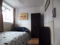 NEED TO MOVE NOW? SINGLE ROOM 120 PER WEEK short term contract!
