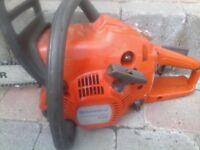 Husqvarna 236 x-torx chainsaw, wood cutter, logs, firewood