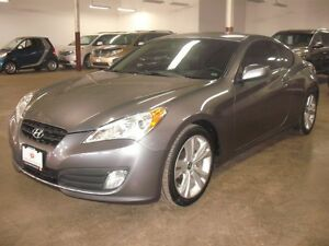 2010 Hyundai Genesis Coupe LEATHER/ROOF