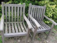 2 SOLID WOOD GARDEN CHAIR