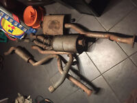 Land Rover Defender 90 and 110 exhausts job lot