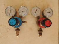 Welding gas regulators