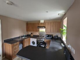 1 bedroom apartment in CV1 with parking