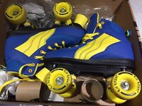**GOOD AS NEW STILL IN BOX**ROLLER SKATES ADULT SIZE 6 - WORN ONCE