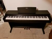Yamaha Arius YDP142b Digital Piano