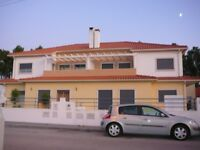 Sweet 4-bedroom Cottage in PORTUGAL - Marinha Grande (near to Nazare)