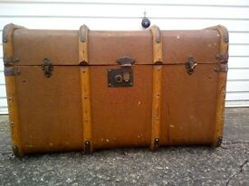 Vintage Steamer Trunk -collection only.