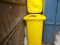 LARGE YELLOW WHEELIE BIN - CLACTON ON SEA CO15 6AJ - WHEELY BIN