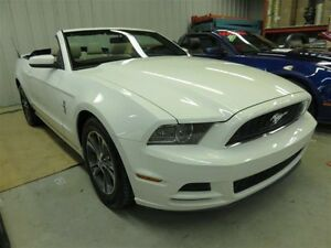 2013 Ford Mustang Ford Mustang 2013 **Convertible** v6 premium C