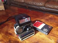 Vintage Polaroid Autofocus 4000 Land Camera with flash unit