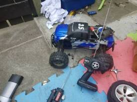 Rc savage 3.5 need battery for a electric start!! Car have a lot parts and open to offers