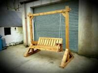 Swinging seat / summer seat