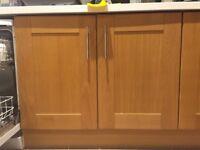 Kitchen cabinets - Oak Shaker style