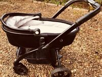 Lovely egg pram/stroller/carrycot for sale with extras