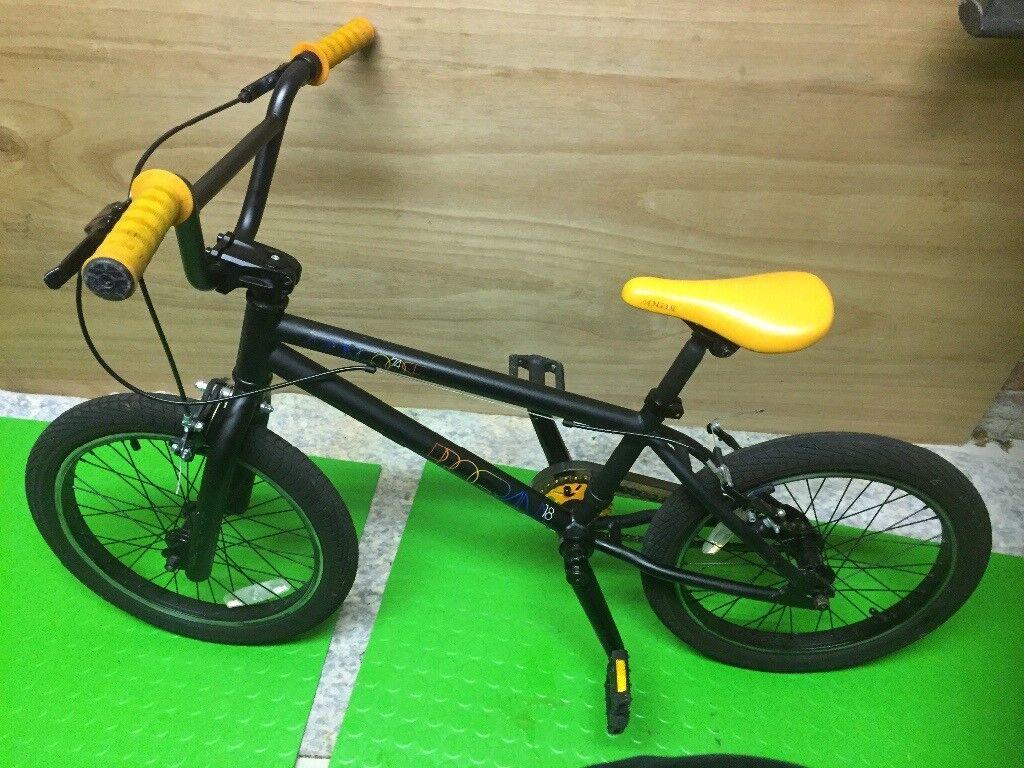 Mongoose 74 BMX Program 18 Black / Orange
