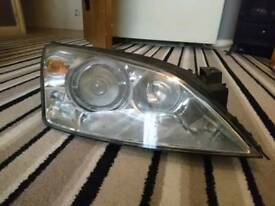 XENON HEADLIGHT FOR ST220