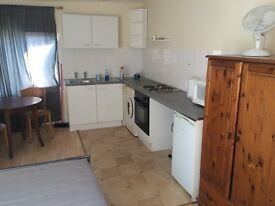 braND NEW STUDIO FLAT AVAILABLE IN FINCHLEY CENTRAL £240PW